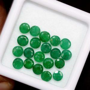 10 ks Smaragd 1.95 ct dohromady