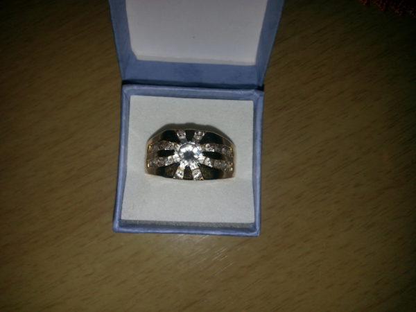 Prsten se Zirkony CZ pozlacený